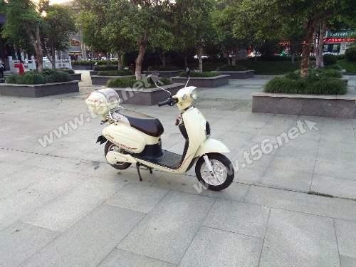 出售欧派电摩踏板电动车